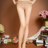 S019 - Stocking Pantyhose Krem Model Segi Tiga